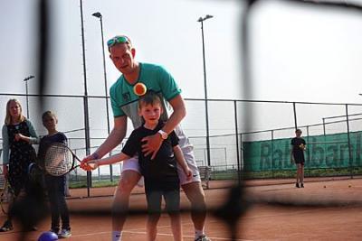 Zonovergoten open dag Tennisvereniging Akkrum