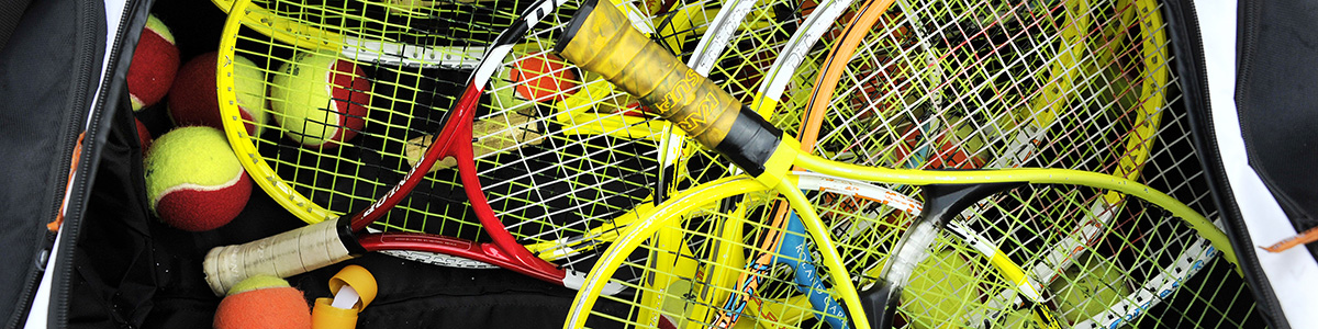 16040251_Rackets_in_tas_1200x300.jpg